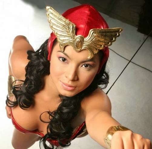 Angel Locsin is still Darna, this time in the big screen