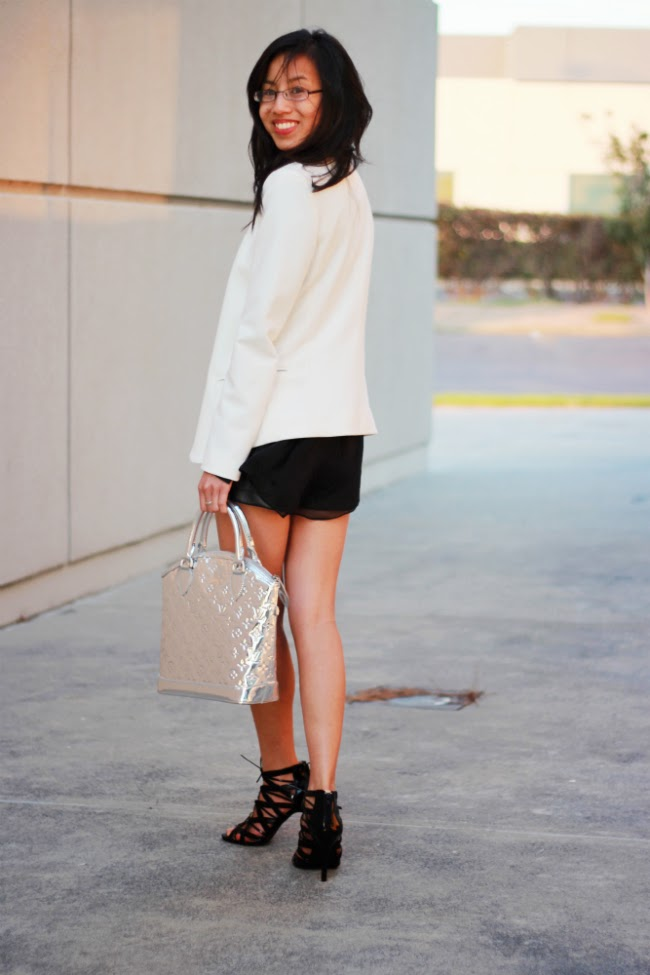 blazer shorts outfit idea