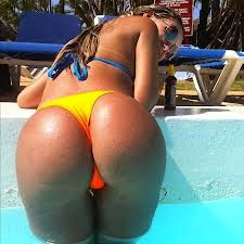 Culos brasileños, los culos más sexys y potentes del mundo!!!!! Chicas guapas 1x2.