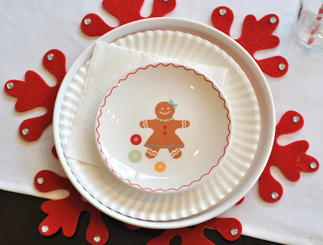 red white gingerbread christmas plates