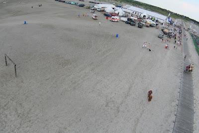 St. Peter-Ording: Fotos eines Tandem-Fallschirmabsprunges über dem ordinger Strand 50