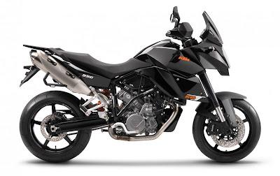2011-KTM-990-SupermotoT-Meteorid-Black