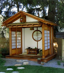 Japanese zen garden japanese tea house for Small house zen design
