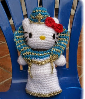 http://translate.google.es/translate?hl=es&sl=fr&u=http://www.fichier-pdf.fr/2011/10/30/hello-kitty-pharaon/preview/page/1/&prev=search