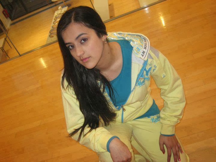 Pakistani+New+Cute+Young+Girls+Lovely+Pictures+2014002
