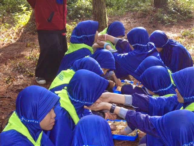 Smk Daarut Tauhiid Indhibat Bandung