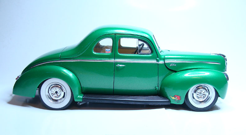 Model Cars 1940 Ford Standard Coupe
