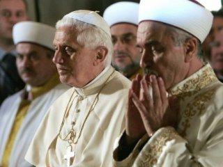 Falso Ecumenismo Benedicto XVI
