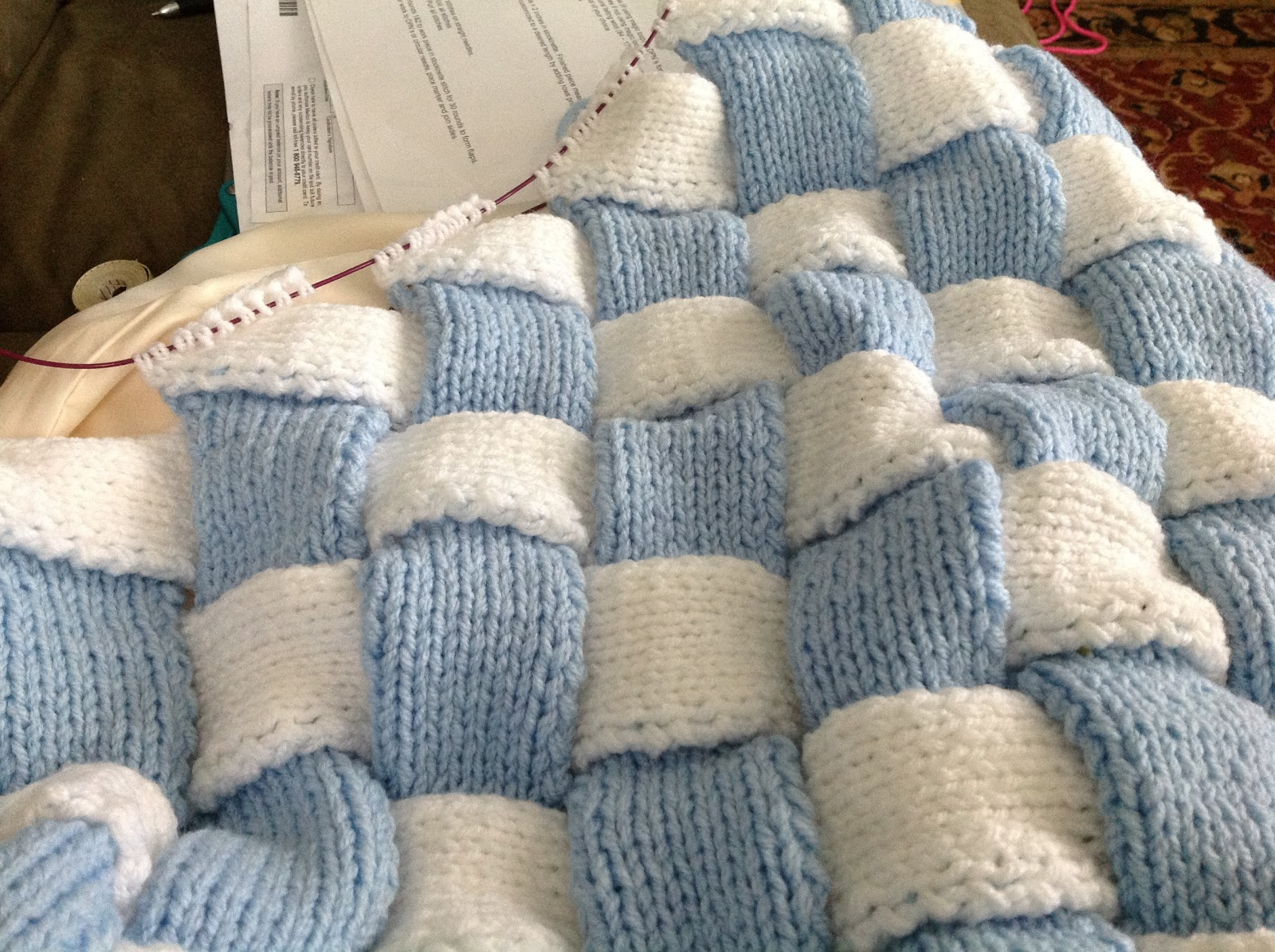 http://2.bp.blogspot.com/-eS-deqPlcpc/UHrFuXrQ63I/AAAAAAAAFhk/7pXSsPGXkmc/s1600/baby+blanket.jpg