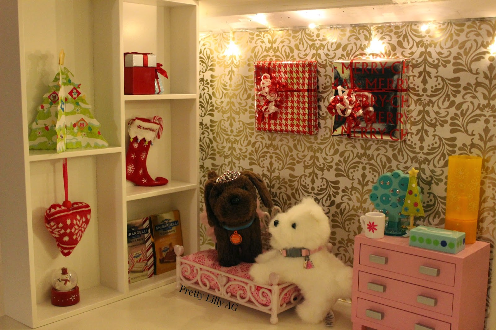 Christmas Decorations To Make For Your Bedroom : Pretty lilly an american girl christmas doll bedroom