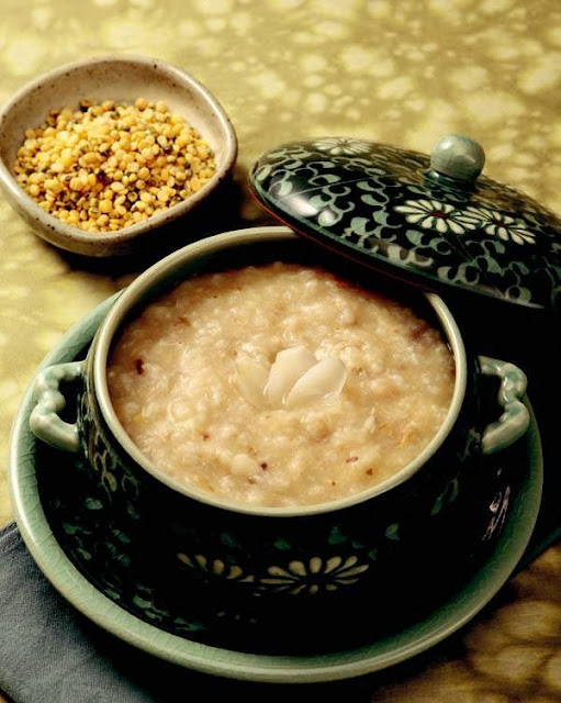 Lily mung beans porridge