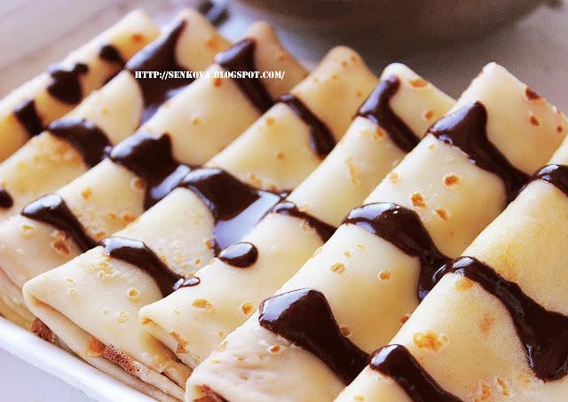 Сладкие блинчики с шоколадом