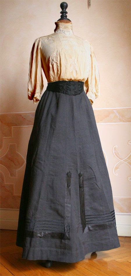 Beautiful Edwardian Outfit