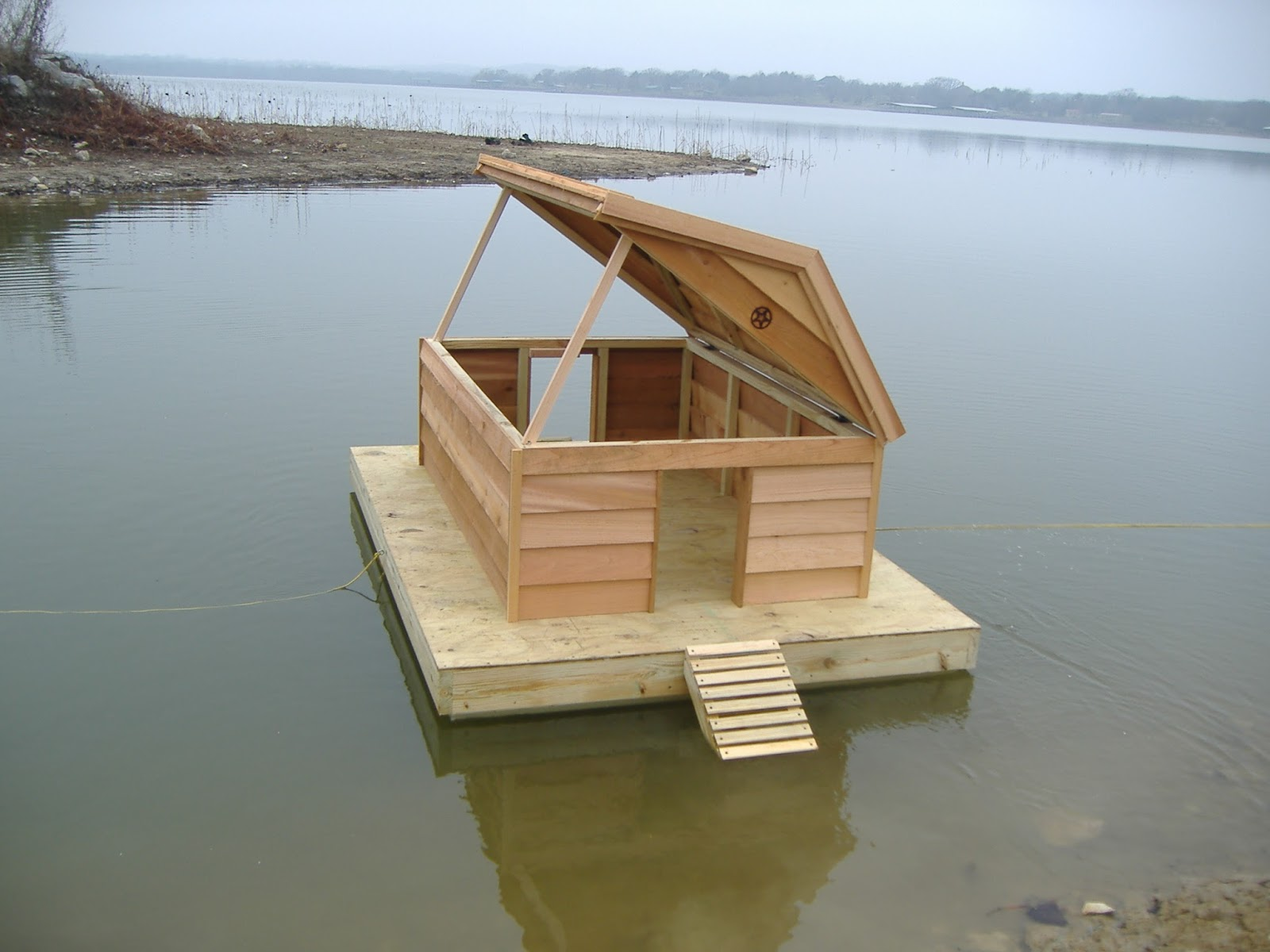 Custom floating duckhouse for Duck house size