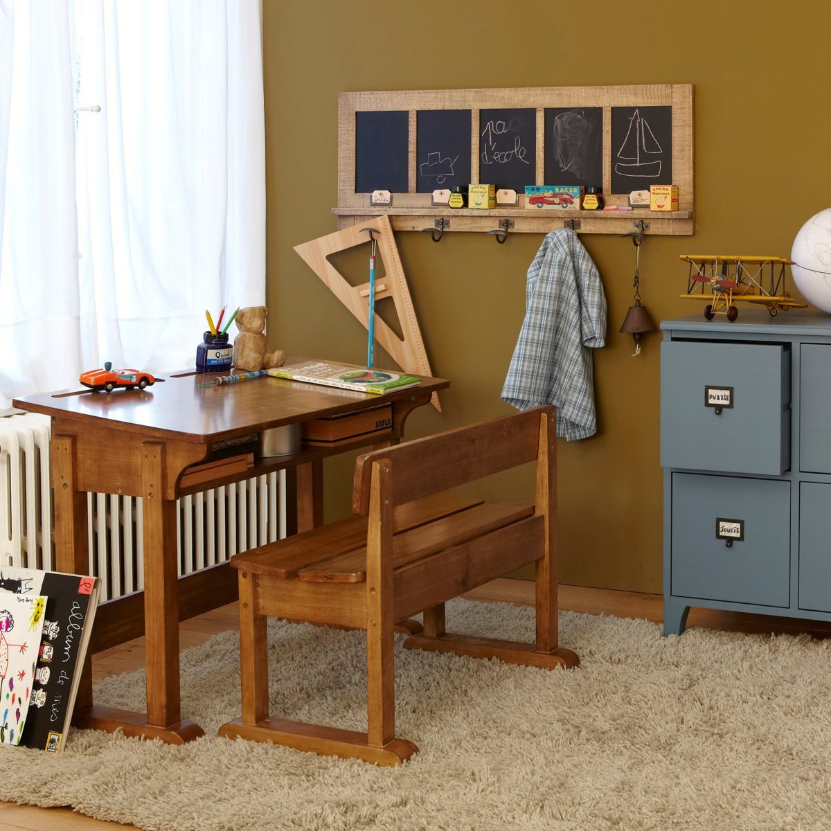 bureau enfant banc d 39 colier dekobook. Black Bedroom Furniture Sets. Home Design Ideas