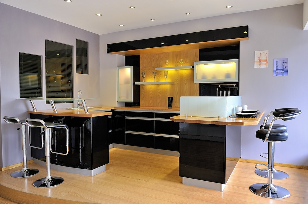 table bar de cuisine avec rangement maison design. Black Bedroom Furniture Sets. Home Design Ideas