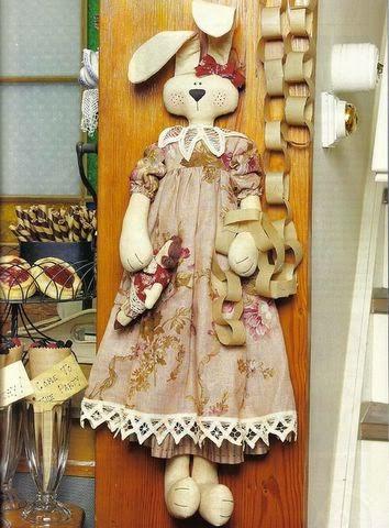 Moldes coelha de tecido com vestidinho
