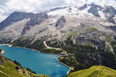 Lago Fedaia y Glaciar Marmolada