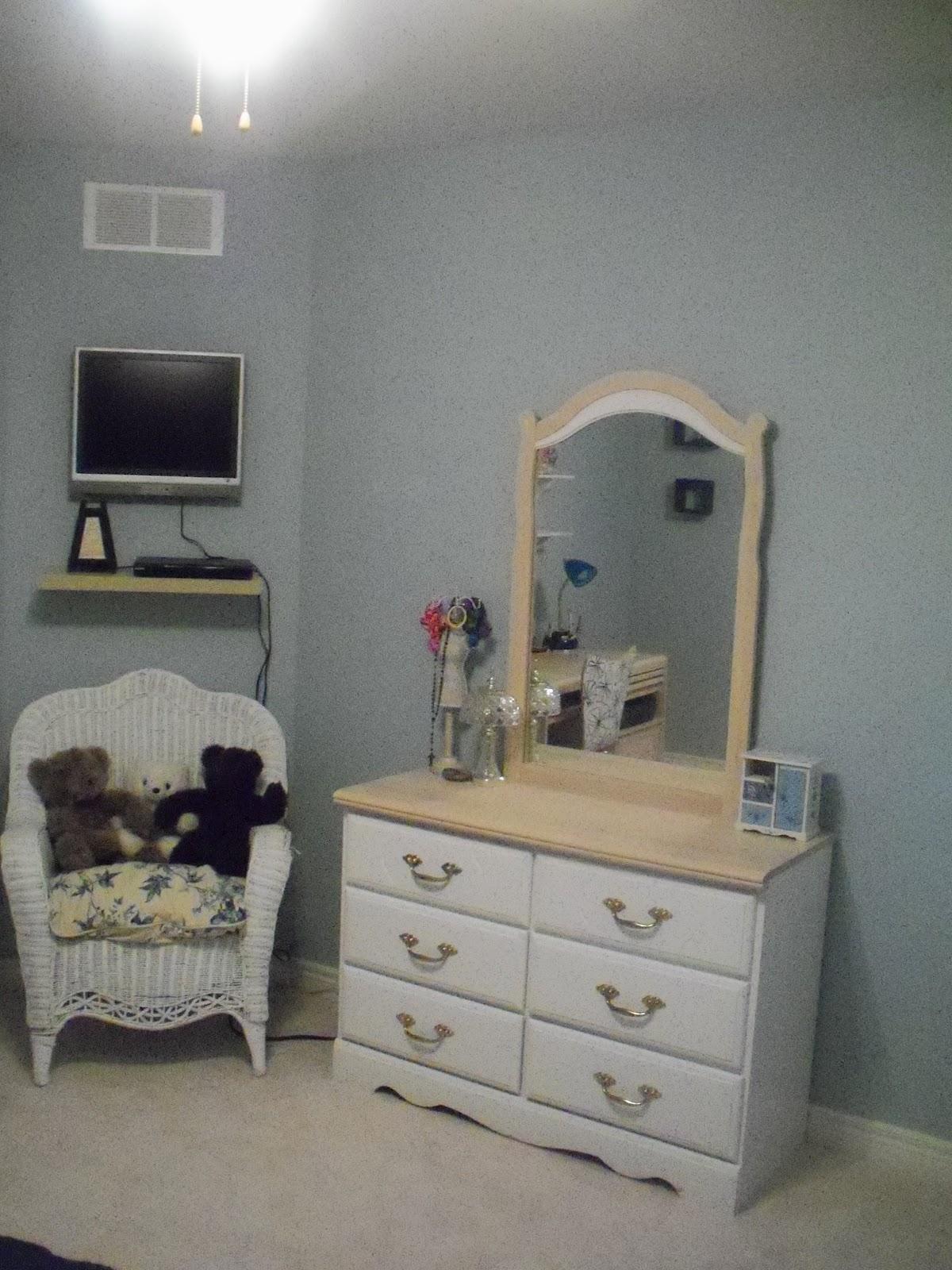 Imi Furniture Bedroom Set