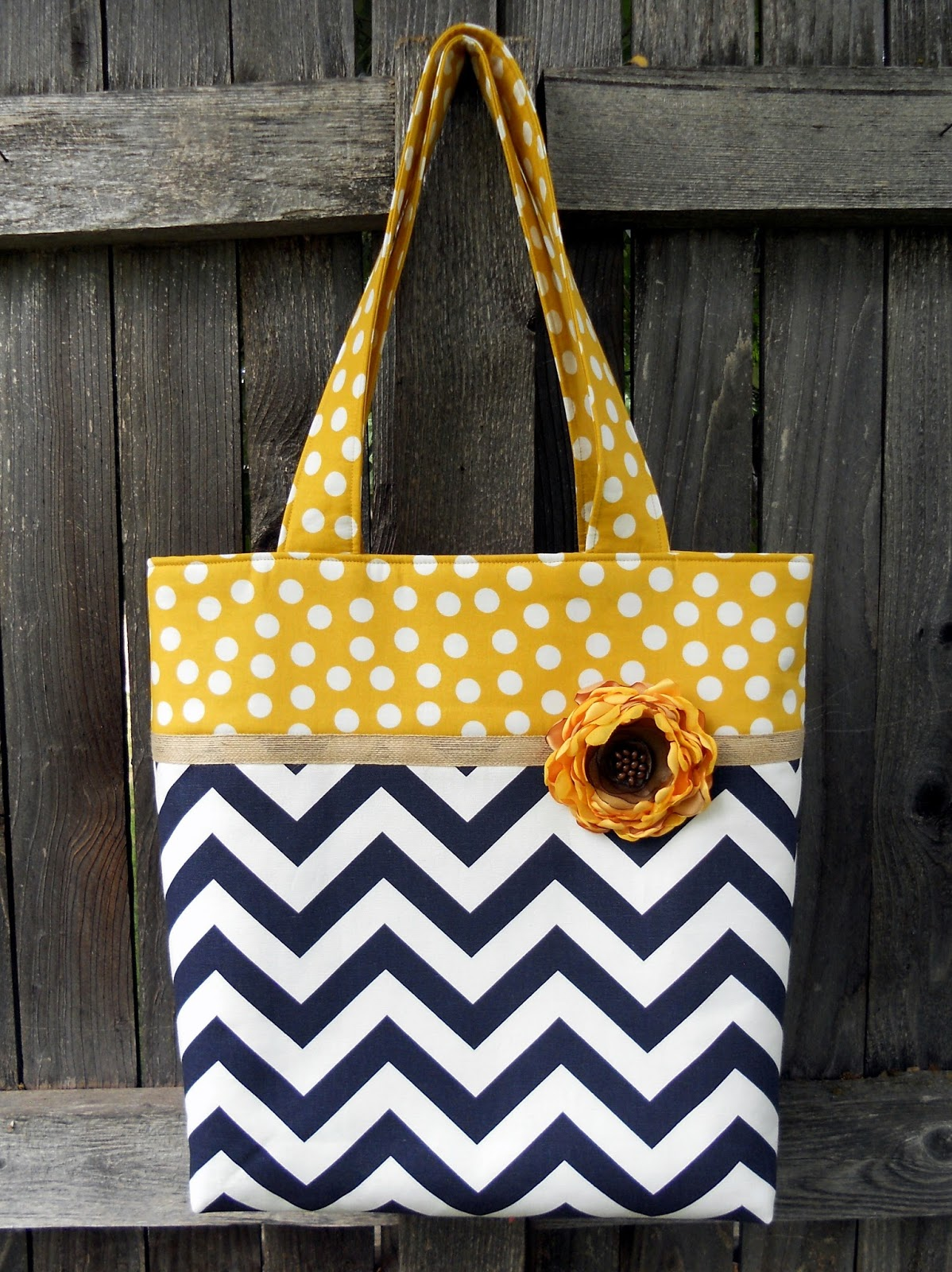 Just Another Hang Up: Two-Toned Fabric Tote and some Tips...