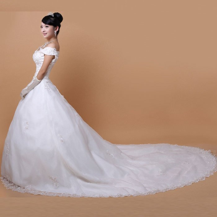 Big tail white wedding dresses ideas