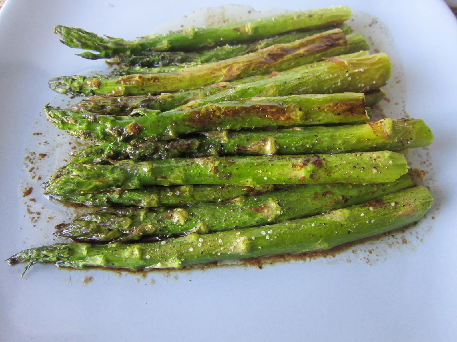 Sweet Beginnings: Baked Asparagus with Balsamic-Butter Sauce