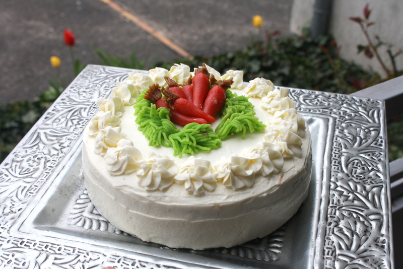 Easter Carrot Cake Decorating Ideas : Schee Culina: April 2012