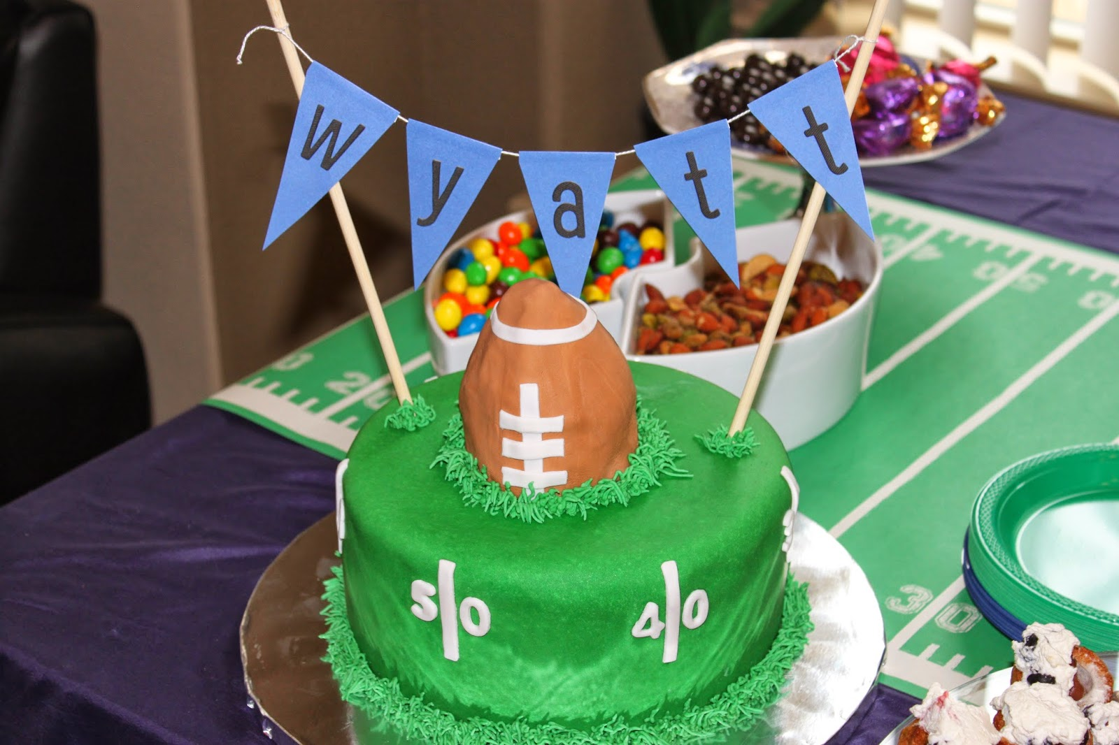 football themed baby shower cakes the hippest