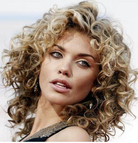 hairstyles-for-round-face-curly-hairstyle-for-round-face-shapes.jpg