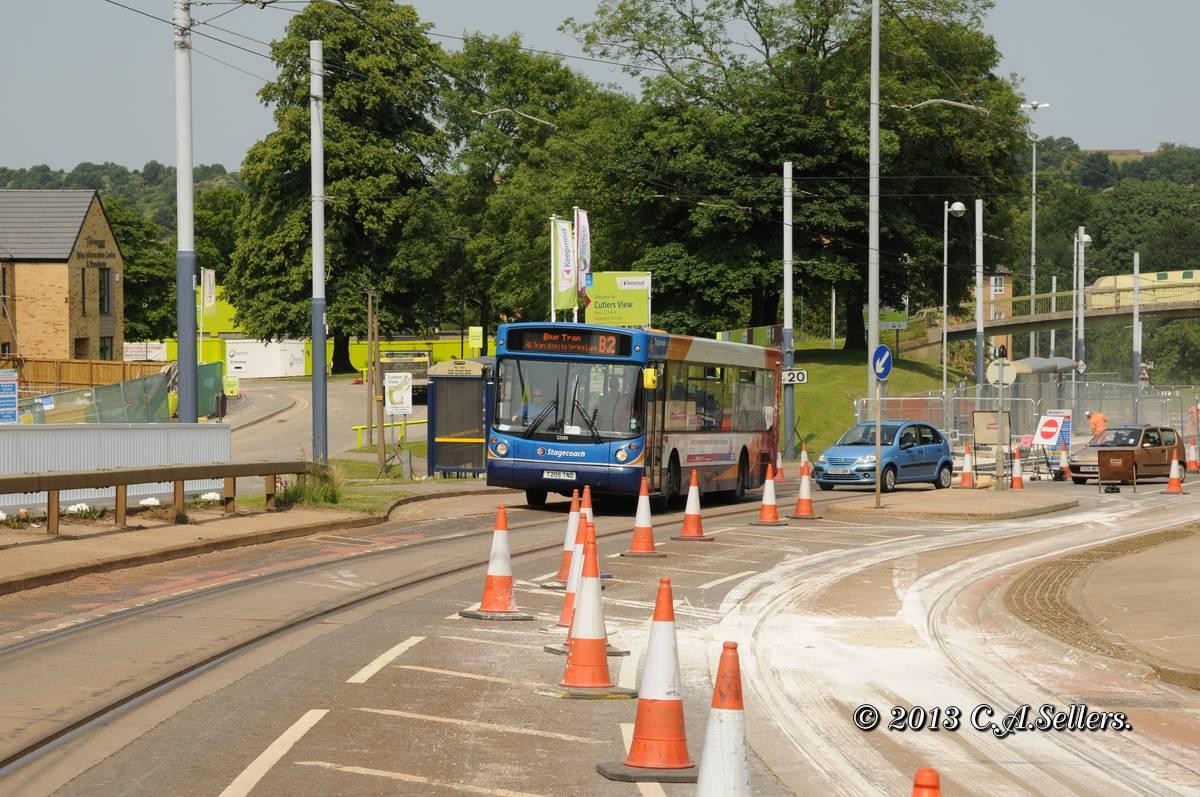 Sheffield Stagecoach SuperTram 106 Pulling Broken Down Tram 124 At ...