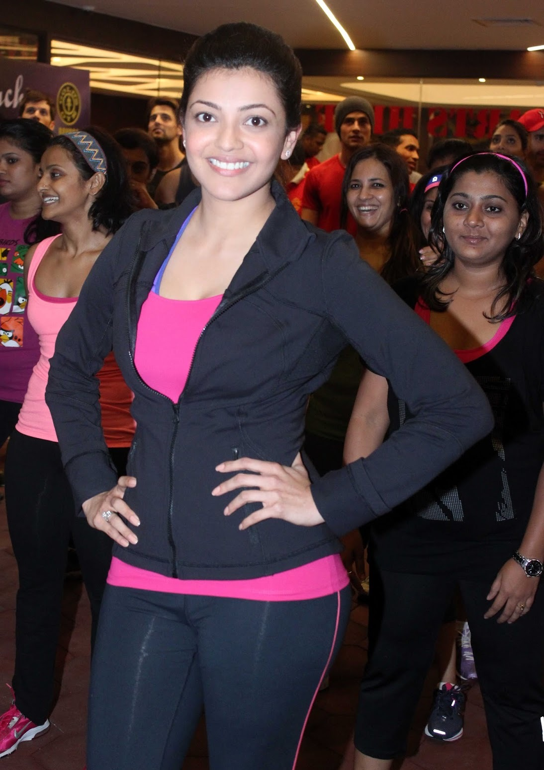 Kajal Agarwal Sister Hot Nisha Agarwal