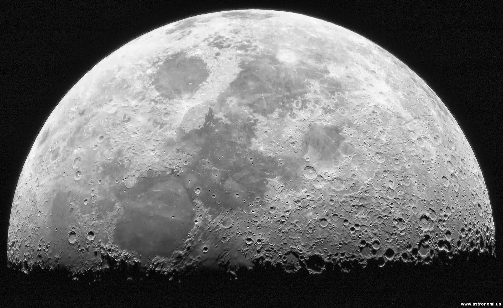 Bulan Besar