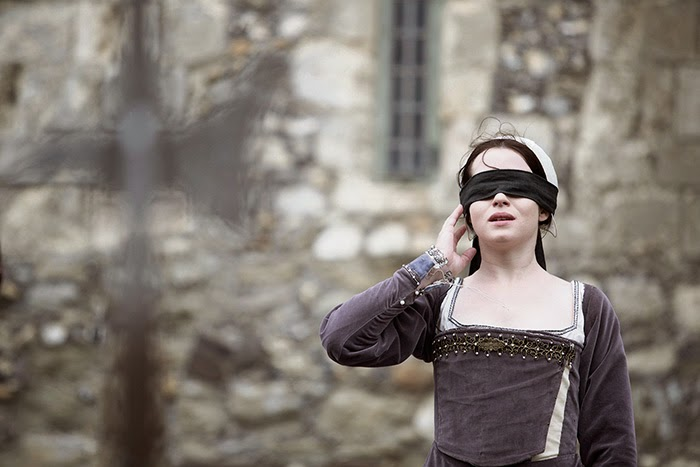 was anne boleyn the cause of If any person will meddle with my cause, i require them to judge the best   reports differ on whether or not anne boleyn was blindfolded for.