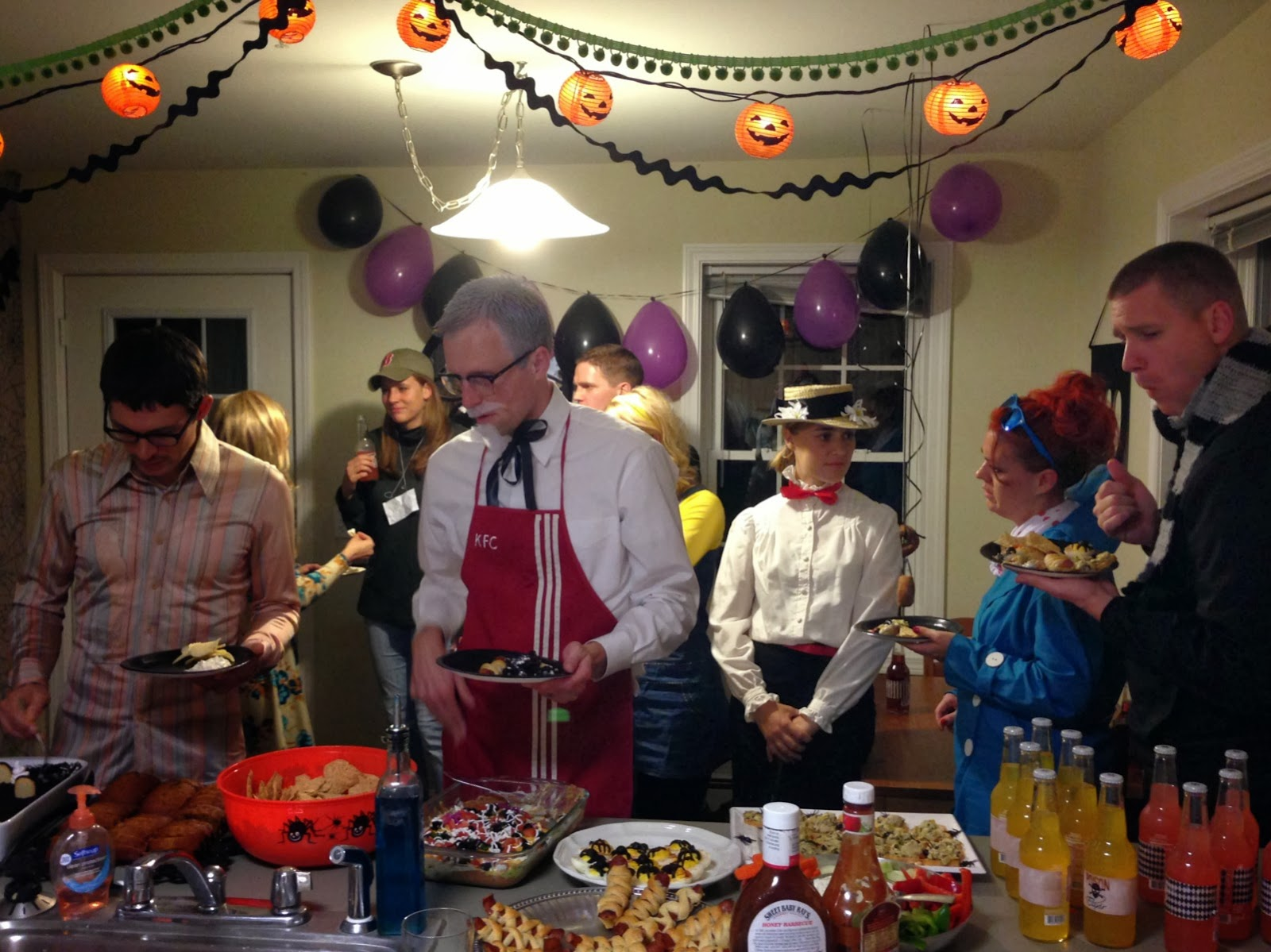 the hawkins family: Halloween Party