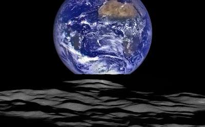 כדור הארץ מהירח LRO נאסא