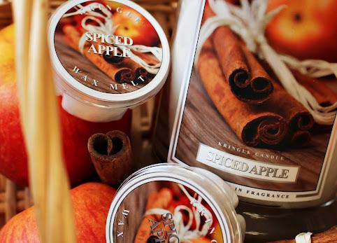 Jabłko z przyprawami, Kringle Candle, Spiced Apple najlepszy zapach na jesień + KONKURS