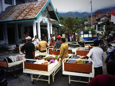 BOJ6hwVCAAE0WFI Kumpulan Foto Gempa Aceh   Bener Meriah