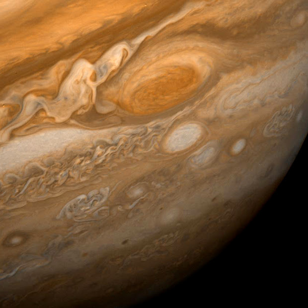 Dramatic Voyager 1 view of Jupiter's Great Red Spot
