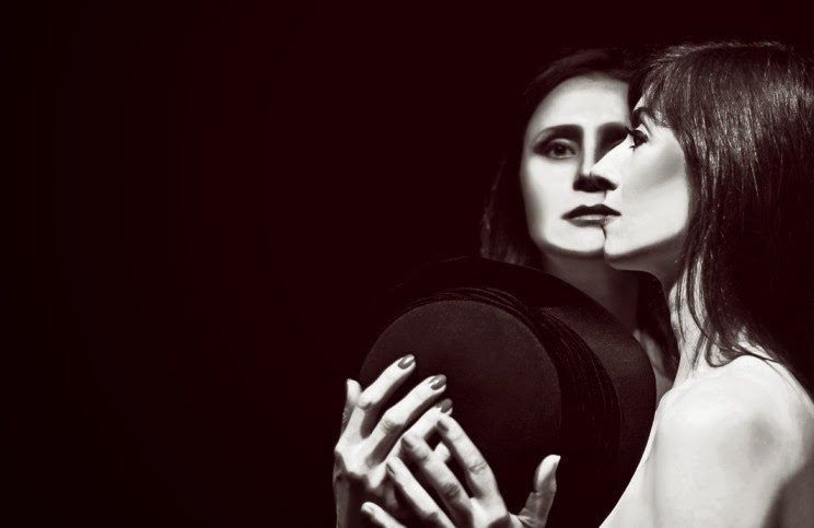 spettacoli teatrali a Milano: Io e Julia di Patricia Conti al Teatro Libero da sabato 18 gennaio