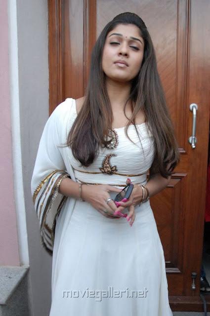 Nayanthara in chudidar