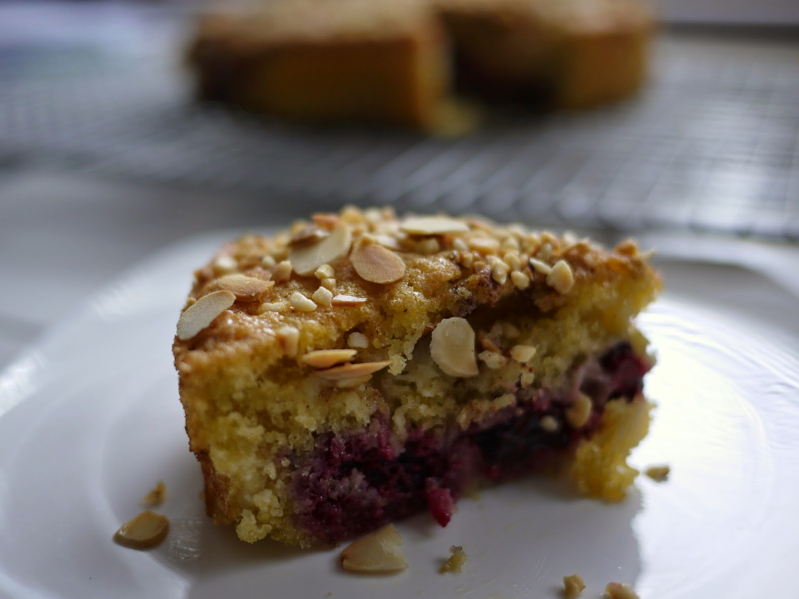 nutty blackberry and apple cake