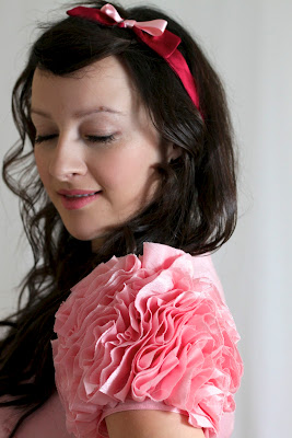 Julia Bobbin, Vogue 8280, ruffled rose sleeves