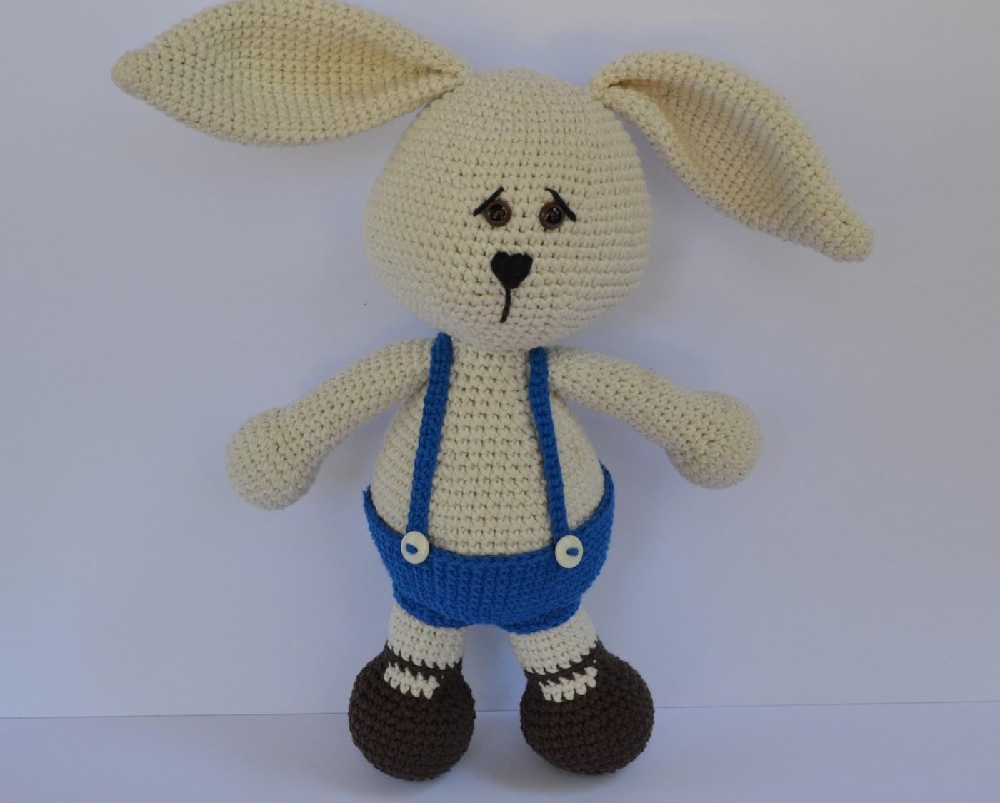 Es un Mundo Amigurumi: Conejo... Patrón Gratis!!!!