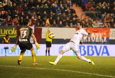 Ocasión de gol del Pipita
