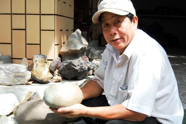 Tại sao hòn đá phát sáng vẫn không có lời giải tại Đồng Nai