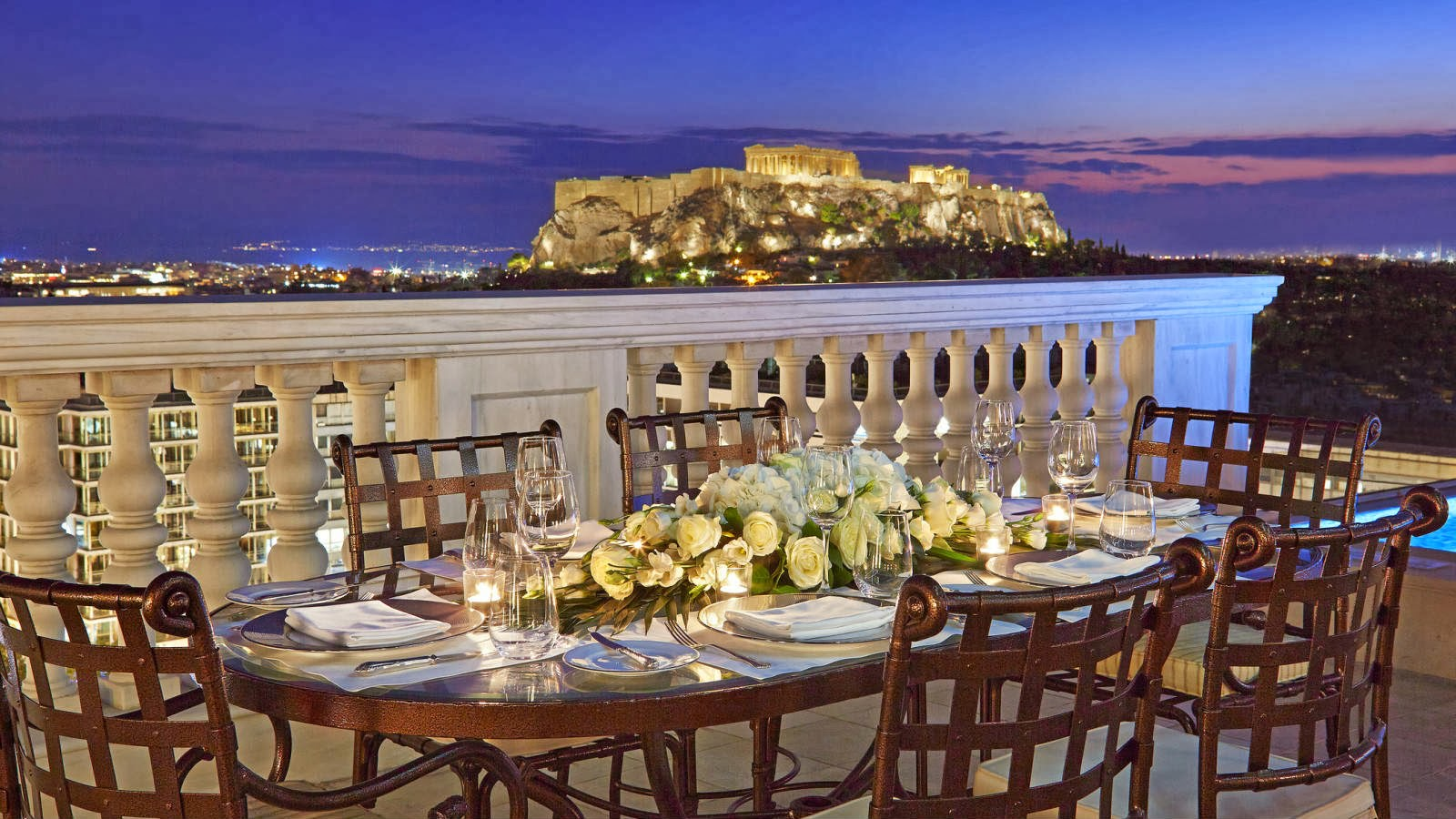Luxury life design luxurious king george athens for Designhotel athen