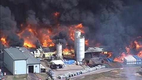 Ben's Environmental Hazards Blog: Chemical plant explodes in ...