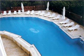 taşlı-otel-açık-yüzme-havuzu-düzce