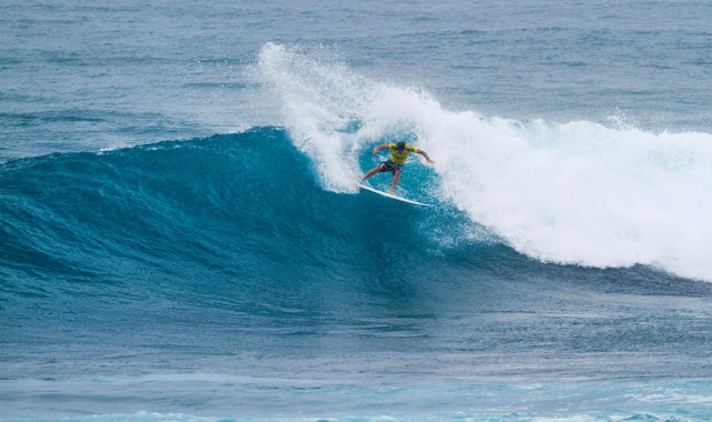 43 Vans World Cup of Sufing 2014 Lucas Silveira Foto ASP