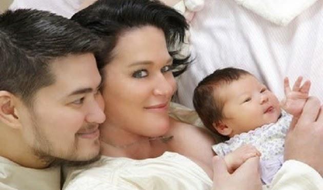 Homem grávido da a luz